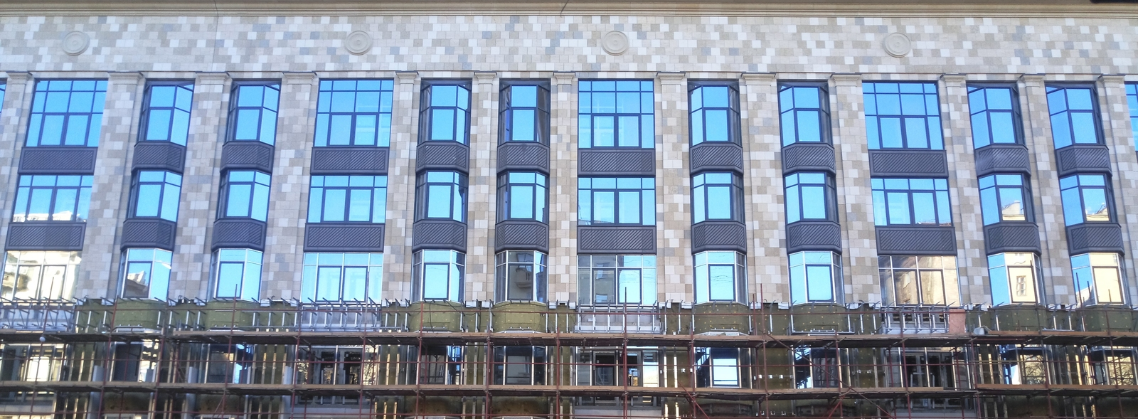 изготовление фасада здания