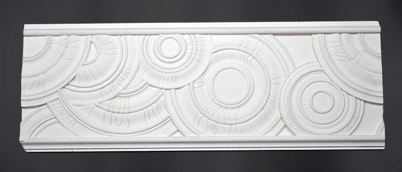Барельеф изготовлен из материала стеклофибробетон